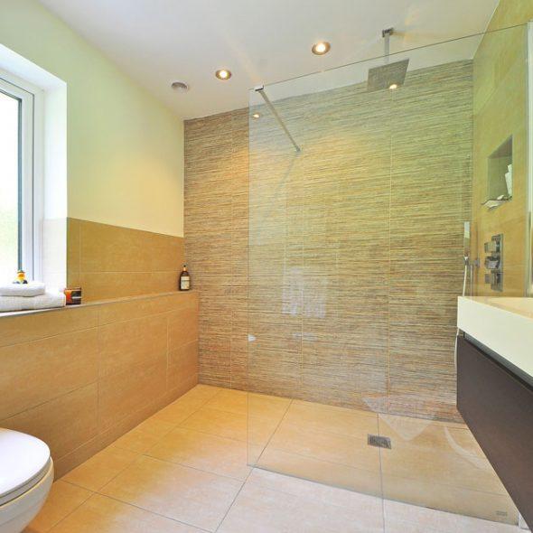 douche en céramique